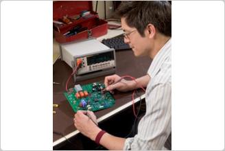 8808A デジタル・マルチメーター